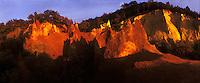 Europe/France/Provence-Alpes-Côte d'Azur/84/Vaucluse/Rustrel: le colorado - anciennes carrières d'ocre