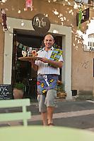 Europe/France/Provence-Alpes-Côte d'Azur/84/Vaucluse/Lubéron/Apt: Nicolas Daubigney, chef du restaurant: Thym te voilà