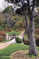 AC34-008c  Flower garden - Japanese style garden
