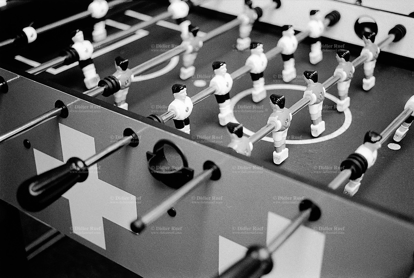 Switzerland. Canton Zürich. Zürich. Ringier house. Working place. Table football with swiss flag. Players. © 2007 Didier Ruef