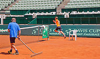 "Austria, Kitzbuhel, Juli 15, 2015, Tennis, Davis Cup, Training Dutch team, captain Jan Siemerink must do a fast run for loosing the ""touch"" game<br /> Photo: Tennisimages/Henk Koster"