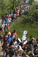 Enterro de Dorothy Mae Stang, assassinada 12/02/2005.<br /> Anapú, Pará, Brasil.<br /> Foto Paulo Santos<br /> 15/02/2005