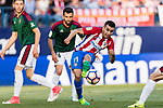 Angel Correa of Atletico de Madrid (R) in action during the La Liga match between Atletico de Madrid vs Osasuna at the Estadio Vicente Calderon on 15 April 2017 in Madrid, Spain. Photo by Diego Gonzalez Souto / Power Sport Images