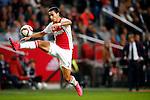 Nederland, Amsterdam, 23 september 2015<br /> KNVB Beker<br /> Seizoen 2015-2016<br /> Ajax-De Graafschap<br /> Anwar El Ghazi van Ajax neemt de bal in de lucht aan