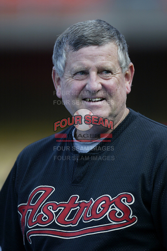 Houston Astros Manager Jimy Williams before a 2002 MLB season game against the Los Angeles Dodgers at Dodger Stadium, in Los Angeles, California. (Larry Goren/Four Seam Images)