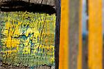 """""""Europa, DEU, Deutschland, Nordrhein-Westfalen, Ruhrgebiet, Bottrop, Halde Haniel, Landmarke, Kunst, Installation Totems vom baskischen Maler und Bildhauer Agustín Ibarrola, Kunst, Kunstwerke, Bildende Kunst, Kuenste, Skulptur, Skulpturen, Tourismus, Touristik, Touristisch, Touristisches, Urlaub, Reisen, Reisen, Ferien, Urlaubsreise, Freizeit, Reise, Reiseziele, Ferienziele, Die Halde Haniel in Bottrop (an der Grenze zu Oberhausen-Koenigshardt) ist mit 159 m Hoehe (184,9 m ueber Normalnull) eine der hoechsten Halden des Ruhrgebiets. Die Halde ist ein Panorama der Route der Industriekultur und bietet die Aussicht ueber das nahegelegene Bergwerk und das nordwestliche Ruhrgebiet. 2002 wurde die Installation Totems vom baskischen Maler und Bildhauer Agustín Ibarrola aus ueber einhundert Eisenbahnschwellen geschaffen. Die Arbeit verbindet die """"""""scheinbaren Gegensaetze von Industrieraum und Natur"""""""" (Aussage des Kuenstlers).  Quelle - https://de.wikipedia.org/wiki/Halde_Haniel""""<br /> <br /> [Fuer die Nutzung gelten die jeweils gueltigen Allgemeinen Liefer-und Geschaeftsbedingungen. Nutzung nur gegen Verwendungsmeldung und Nachweis. Download der AGB unter http://www.image-box.com oder werden auf Anfrage zugesendet. Freigabe ist vorher erforderlich. Jede Nutzung des Fotos ist honorarpflichtig gemaess derzeit gueltiger MFM Liste - Kontakt, Uwe Schmid-Fotografie, Duisburg, Tel. (+49).2065.677997, ..archiv@image-box.com, www.image-box.com]"""