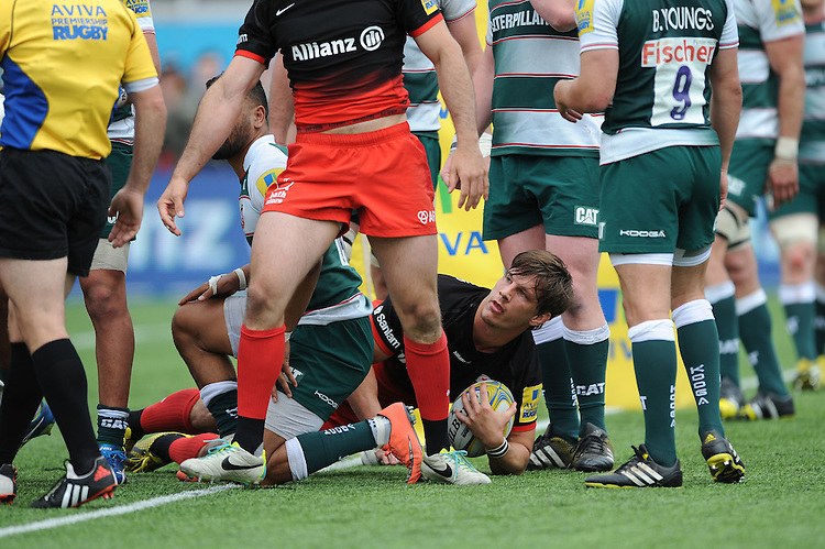Michael Rhodes of Saracens touches down but has his try disallowed during the Aviva Premiership semi final match between Saracens and Leicester Tigers at Allianz Park on Saturday 21st May 2016 (Photo: Rob Munro/Stewart Communications)