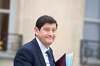 PATRICK KANNER , MINISTRE DE LA VILLE QUITTE LE PALAIS DE L'ELYSEE APRES LE CONSEIL DES MINISTRES DU 11 JANVIER 2017 A PARIS.