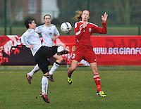 Denmark U17 - Germany U17 : duel tussen 10 Jasmin Sehan en 3 Rikke Sevecke.foto Joke Vuylsteke / Vrouwenteam.be