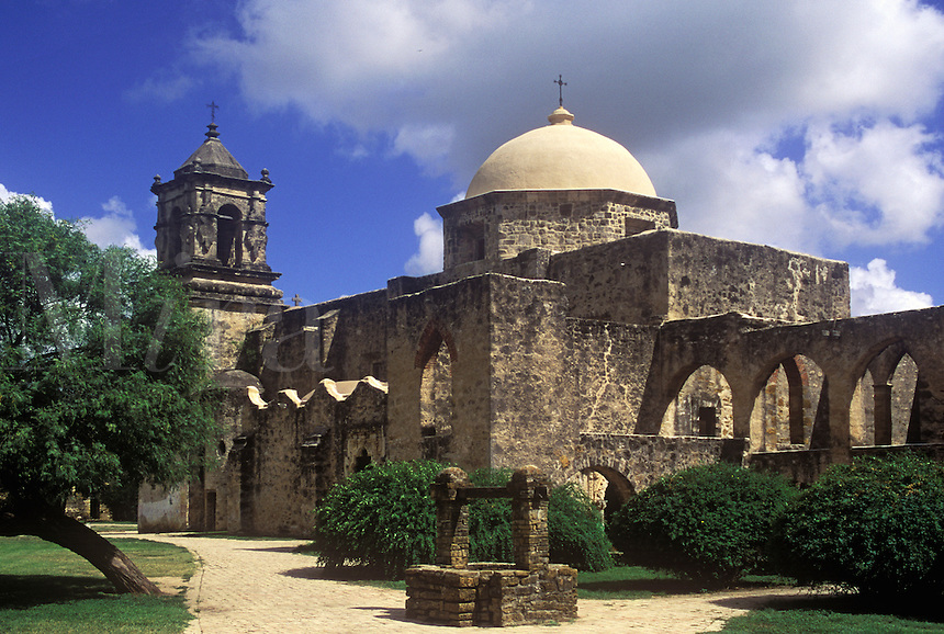 Founded in 1720 by Spanish Franciscan missionaries. One of five missions located along the mission trail which combined form the San Antonio Missions National Park. San Antonio Texas.
