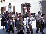 Oesterreich, Salzburger Land, Lungau, Mauterndorf: Prozession | Austria, Salzburger Land, Lungau, Mauterndorf: procession