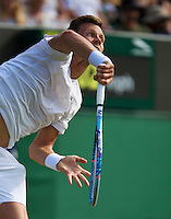 England, London, Juli 04, 2015, Tennis, Wimbledon, Tomas Berdych (CZE) in action against Andujar from Spain<br /> Photo: Tennisimages/Henk Koster