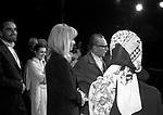 EDUARDO DE FILIPPO CON CARLA FRACCI, VITTORIO GASSMAN E MONICA VITTI<br /> FESTA IN ONORE DI EDUARDO AL TEATRO TENDA ROMA 1977
