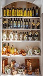 Croatia, Kvarner Gulf, Cres: olive oil of local production | Kroatien, Kvarner Bucht, Cres: Olivenoel von der Insel Cres