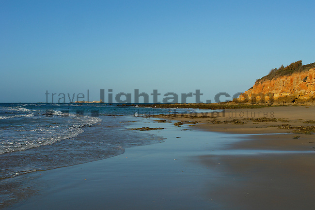 www.travel-lightart.com, ©Paul J. Trummer, Andalucia, Andalusia, Barrosa Beach, Cadiz, Chiclana de la Frontera, cliffs, continent, continents, Costa de la Luz, countries, Country, Europe, Geography, Novo Sancti Petri, Rocky seashore, Spain, cliff, coast, coastal landcsapes, coastline, coastlines, coasts, landscape form, landscape forms, landscapes, rocky coastline, rocky coastlines, Felsenküste, Felsenküsten, Felsküste, Felsküsten, Klippe, Klippen, Küstenlandschaft, Landschaftsform, Landschaftsformen, Steilküste, Steilküsten, Landscape, nature, Natur, Naturelemente, Meeresstrand, Sandstrand, Sandstrände, Straende, Atlantic, bodies of water, body of water, ocean, oceans, ozean, ozeans, sea, seas, Atlantik, Atlantischer Ozean, Gewässer, Meer, Meere, Ozeane, H2O