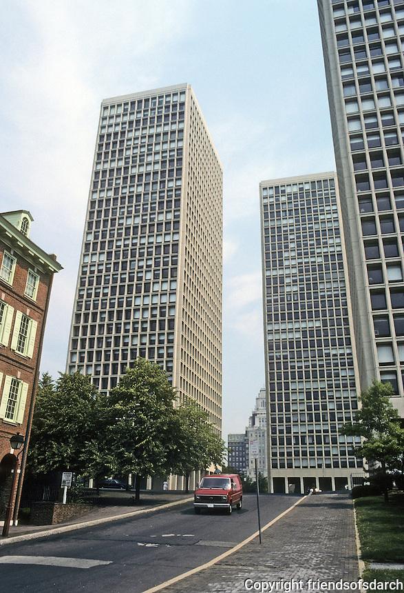 Philadelphia: Society Hill Towers, 6th & Market, 1964. Pietro Belluschi, W. George M. Ewing. Photo '85.