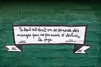 Europe/France/75011/Ile de France rue de Vaucouleurs , conseils typographie sue les murs // Europe / France / 75011 / Ile de France rue de Vaucouleurs, typography advice on walls
