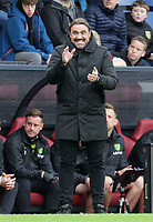 2nd October 2021;  Turf Moor, Burnley, Lancashire, England; Premier League football, Burnley versus Norwich City: Norwich City manager Daniel Farke gestures to his players