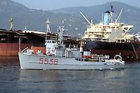 """- Italian Navy,  minesweeper """"Loto"""" in the gulf of La Spezia....- Marina militare italiana,  dragamine """"Loto"""" nel golfo di La Spezia"""
