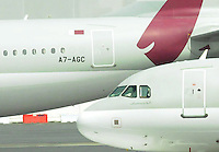 Verkehrsmaschinen auf dem Flughafen Doha, International Airport. Photo: Stefan Noebel-Heise