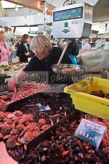 Europe/France/Bretagne/56/Morbihan/Lorient: Chantal Auffret, poissonnière aux Halles de Merville,