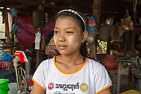 """Aye Mar*, 17 years old, lives together with her parents and younger sister (1). They work from home on several businesses: tailoring, producing and selling rice noodles and repairing sewing machines. """"I have been working here at home since I am 16 years old. I work irregular hours since I also study maths at university. I find the rice noodle business a bit tiring and boring. I prefer to tailor since in my heart I want to be a designer"""", tells Aye Mar*."""