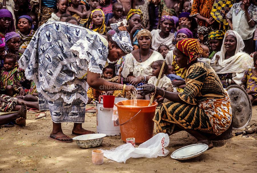 Niger, Ouna Village, West Africa.  Soap-making Demonstration.  Zarma (Djerma) Tribal Group.