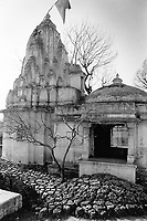 India, Narmada River, Narmada dams and protest movement of NBA Narmada Bachao Andolan, movement to save the Narmada river, and affected Adivasi in their villages, village Manibeli in February 1994, Shulpaneshwar temple now permanently submerged, the temple had a swayambhu shivlinga