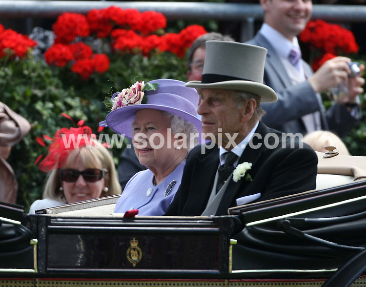 **ALL ROUND EXCLUSIVE PICTURES FROM SOLARPIX.COM**.**WORLDWIDE SYNDICATION RIGHTS**.General views from this year's Ascot Races, at Ascot racecourse, UK. 17 & 18 June 2010..This pic: HRH Queen Elizabeth II..JOB REF: 11522 EBR       DATE: 18_06_2010.**MUST CREDIT SOLARPIX.COM OR DOUBLE FEE WILL BE CHARGED**.**MUST NOTIFY SOLARPIX OF ONLINE USAGE**.**CALL US ON: +34 952 811 768 or LOW RATE FROM UK 0844 617 7637**