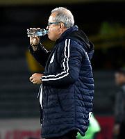 BOGOTÁ-COLOMBIA, 04-04-2019: Oscar Upegui, técnico de Jaguares F.C., durante partido de la fecha 13 entre Independiente Santa Fe y Jaguares F.C., por la Liga Águila I 2019, en el estadio Nemesio Camacho El Campin de la ciudad de Bogotá. / Oscar Upegui, coach of Jaguares F.C., during a match of the 13th date between Independiente Santa Fe and Jaguares F.C., for the Aguila Leguaje I 2019 at the Nemesio Camacho El Campin Stadium in Bogota city, Photo: VizzorImage / Luis Ramírez / Staff.