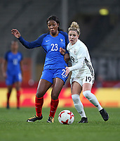 24.11.2017, Football Frauen Laenderspiel, Germany - France, in der SchuecoArena Bielefeld.  Grace Geyoro (France) - Svenja Huth (Germany)  *** Local Caption *** © pixathlon +++ tel. +49 - (040) - 22 63 02 60 - mail: info@pixathlon.de<br />