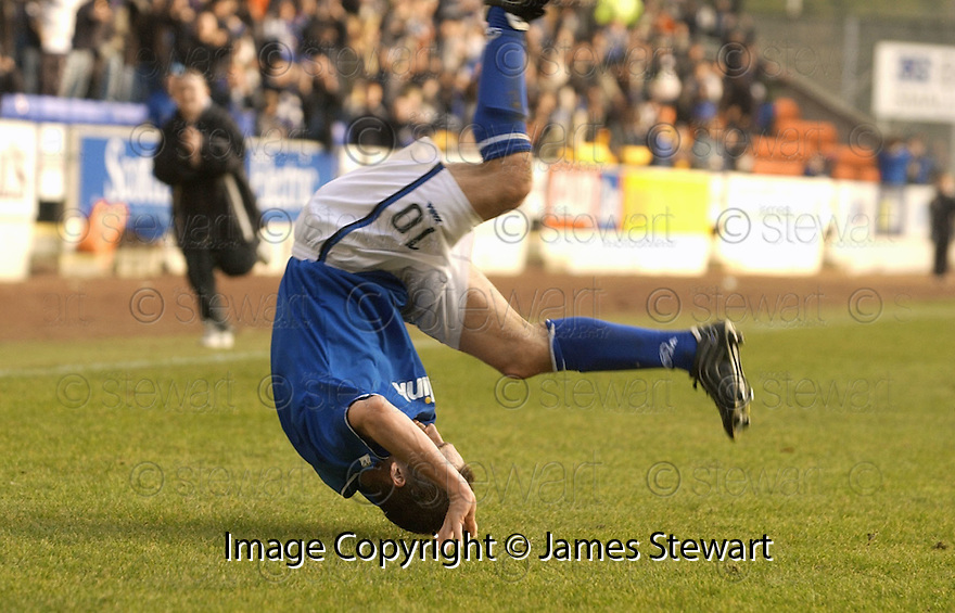 20040313     Copyright Pic : James Stewart.File Name : jspa06_stjohn_v_ict..KEIGAN PARKER CELEBRATES SCORING ST JOHNSTONE'S LATE WINNER........James Stewart Photo Agency 19 Carronlea Drive, Falkirk. FK2 8DN      Vat Reg No. 607 6932 25.Office     : +44 (0)1324 570906     .Mobile  : +44 (0)7721 416997.Fax         :  +44 (0)1324 570906.E-mail  :  jim@jspa.co.uk.If you require further information then contact Jim Stewart on any of the numbers above.........