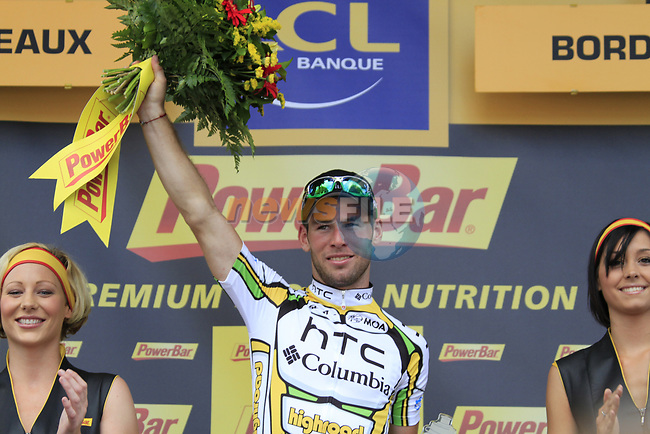 Mark Cavendish (GBR) HTC-Columbia wins Stage 18 of the 2010 Tour de France running 198km from Salies-de-Bearn to Bordeaux, France. 23rd July 2010.<br /> (Photo by Eoin Clarke/NEWSFILE).<br /> All photos usage must carry mandatory copyright credit (© NEWSFILE | Eoin Clarke)