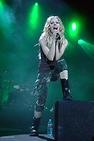 082105 smg<br /> WEST PALM BEACH, FL - August 21: (DON'T GIVE PHOTOGRAPHER OR AGENCY PHOTO CREDIT) Punk Princess Avril Lavigne rocks the crowd at the Sound Advice Amphitheater in West Palm Beach, Florida. (Photo by StormsMediaGroup.com)<br />  <br /> People:  Avril Lavigne<br /> <br /> Must call if interested <br /> Michael Storms<br /> Storms Media Group Inc.<br /> 305-632-3400 - Cell<br /> 305-531-6834 - Office<br /> 305-534-2301 - Fax<br /> MikeStorm@aol.com<br /> StormsMediaGroup.com