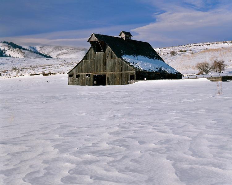 Winter scene on a ranch near Baker; Union County. OR