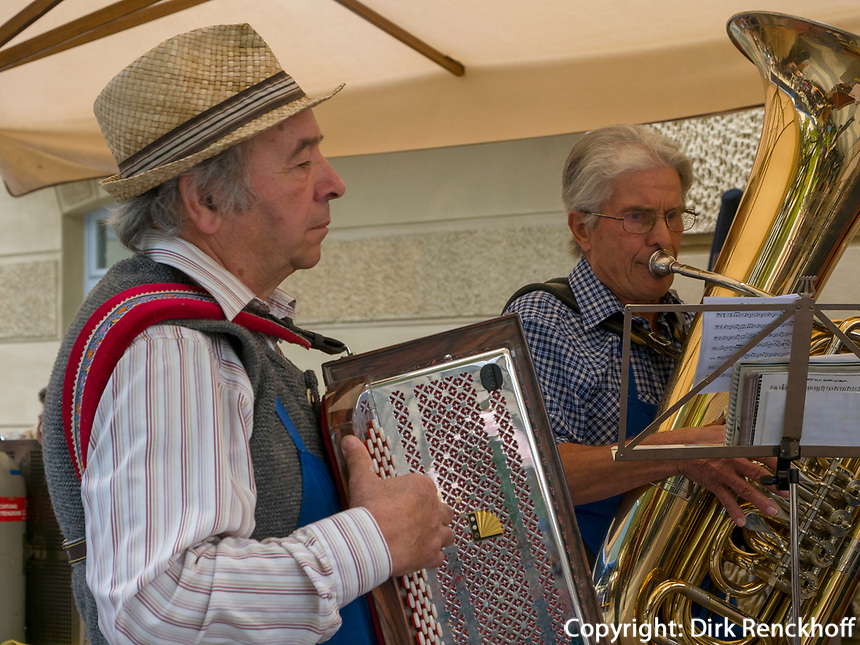 Volksmusik   in Lana, Region Südtirol-Bozen, Italien, Europa<br /> Folkmusic in Lana, Region South Tyrol-Bolzano, Italy, Europe