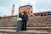 India, New Delhi, coupel at temple.