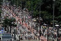 27.10.2019 - Movimentação na avenida Paulista em SP