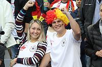 Fans in deutschem und polnischem Outfit - EM 2016: Deutschland vs. Polen, Gruppe C, 2. Spieltag, Stade de France, Saint Denis, Paris