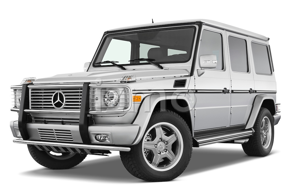 Low aggressive front three quarter view of a 2008 Mercedes Benz G55 AMG.