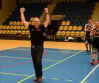 Melco Ieper C kampioen in 3e provinciale Heren B met coach Johan Noppe <br /> foto VDB / BART VANDENBROUCKE