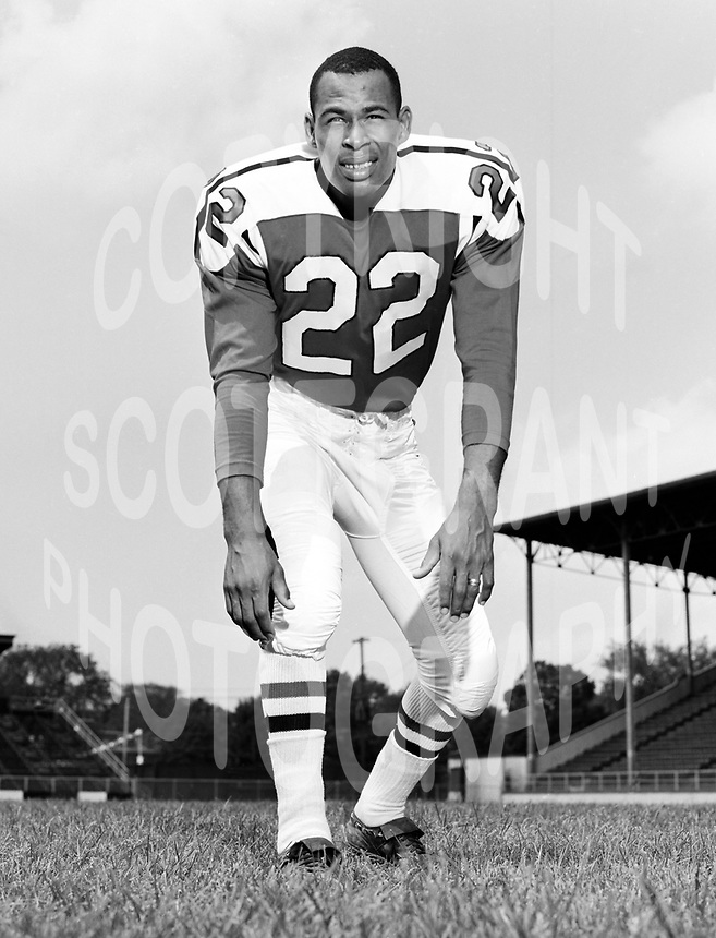 Gene Gaines Ottawa Rough Riders 1964. Copyright photograph Ted Grant