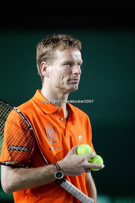 5-4-07, England, Birmingham, Tennis, Daviscup England-Netherlands, Captain Jan Siemerink