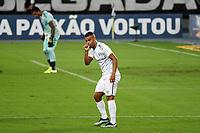 Rio de Janeiro (RJ), 08/02/2021 - Botafogo-Grêmio - Alisson jogador do Grêmio comemora seu gol,durante partida contra o Botafogo,válida pela 35ª rodada do Campeonato Brasileiro,realizada no Estádio Nilton Santos (Engenhão), na zona norte do Rio de Janeiro,nesta segunda-feira (08).