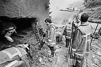 - emergenza in Valtellina, crollo dell'albergo Gran Baita  a Tartano (16 luglio 1987)<br /> <br /> - emergency in Valtellina, collapse of the Gran Baita hotel in Tartano (July 16, 1987)