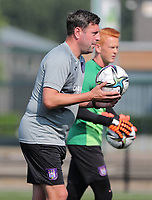goalkeeper trainer Franck Boeckx of Anderlecht pictured during the warm up before a friendly soccer game between K Londerzeel SK and RSC Anderlecht Reserves during the preparations for the 2021-2022 season , on Wednesday 21st of July 2021 in Londerzeel , Belgium . PHOTO SEVIL OKTEM   SPORTPIX
