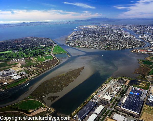 aerial photograph Oakland, Alameda Island, Arrowhead Marsh, California