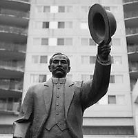 Dr Sun-Yat-Sen statue, Toronto, Canada