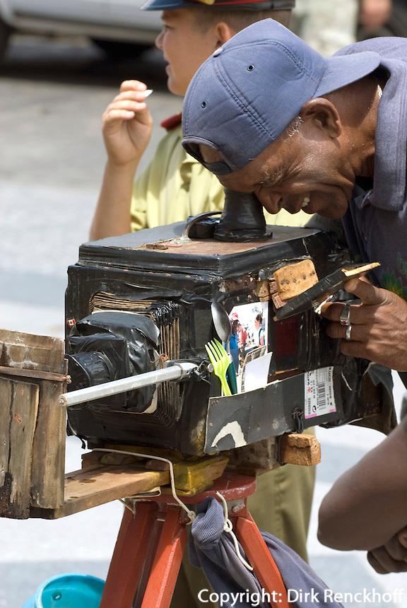 Cuba, Habana, vor dem Capitolio