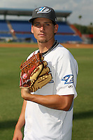 April 10th 2009:  Pitcher Alan Farquhar of the Dunedin Blue Jays, Florida State League Class-A affiliate of the Toronto Blue Jays, during a game at Dunedin Stadium in Dunedin, FL.  Photo by:  Mike Janes/Four Seam Images